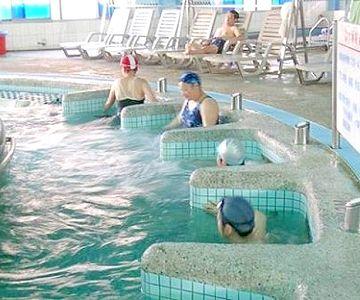 長青村水療養身游泳健康中心 動力湧泉浴